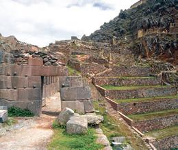 valle-sagrado-de-los-incas02-ollantaytambo